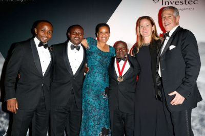 The five finalists with Hendrik du Toit, CEO of Investec Asset Management